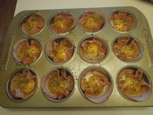 ham and egg cups, breakfast, grab and go
