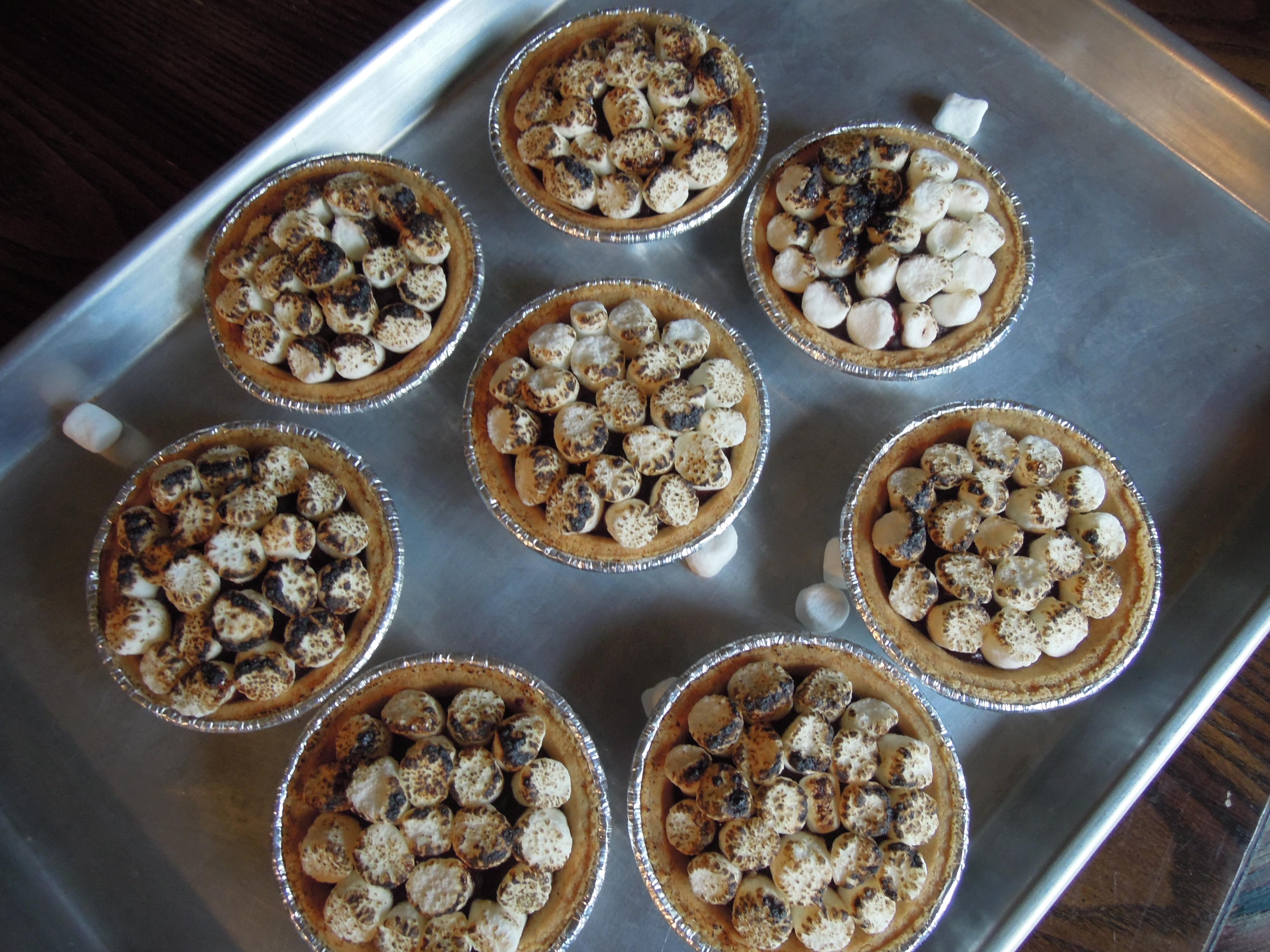 smores pie ready
