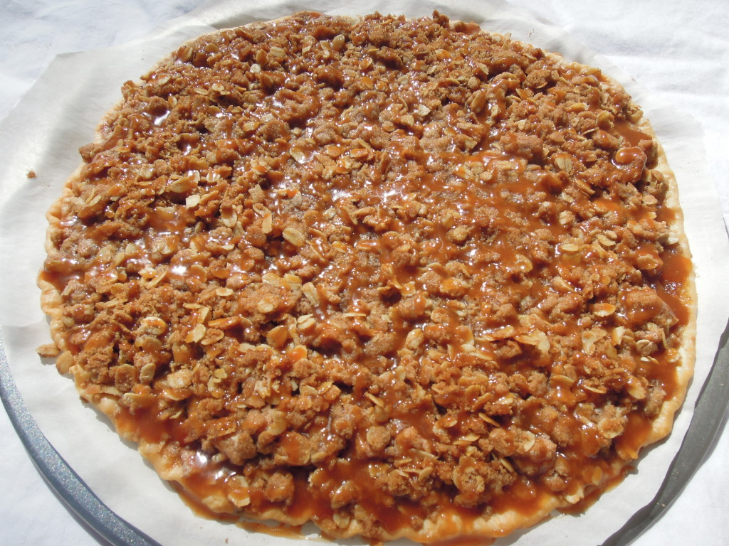 apple crisp pizza 2
